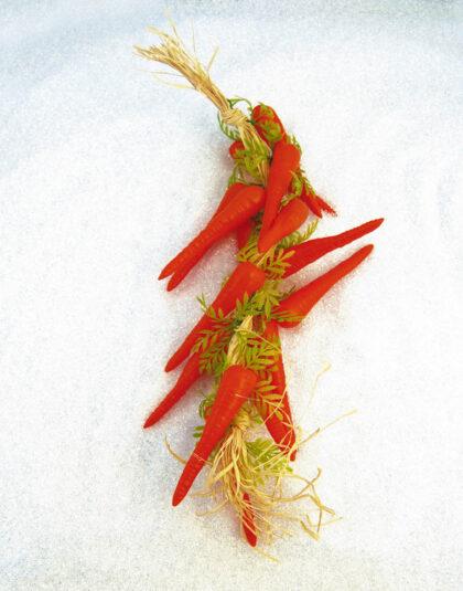 Härlig Girlang med 15st Morötter