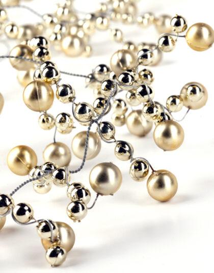 Girlang av Pärlor i Guld