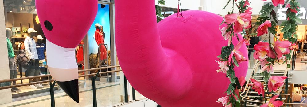 Uppblåsbar flamingo 8 meter