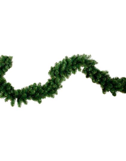 Granrisgirlang för juldekoration i butik